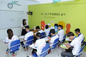 Học tiếng Hàn qua kỹ năng giao tiếp